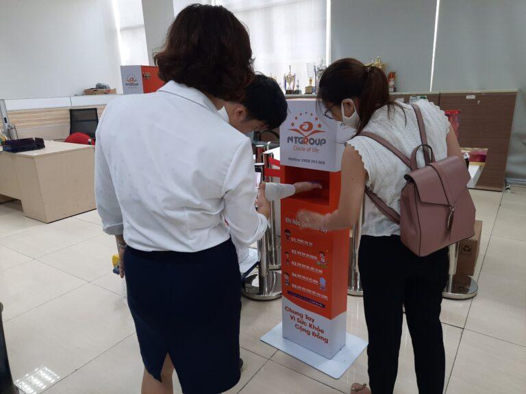 Máy rửa tay tự động